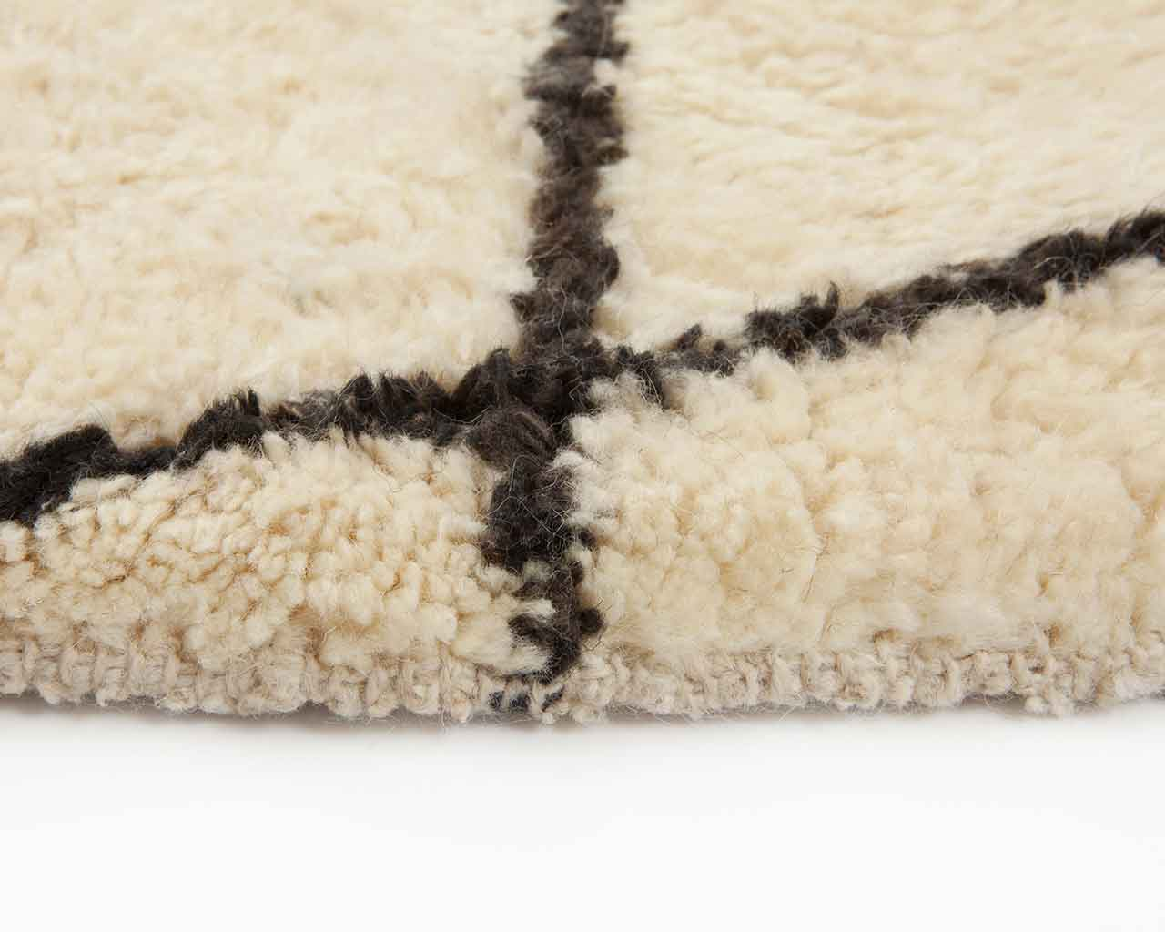 dyed black pattern white beni ourain carpet 1