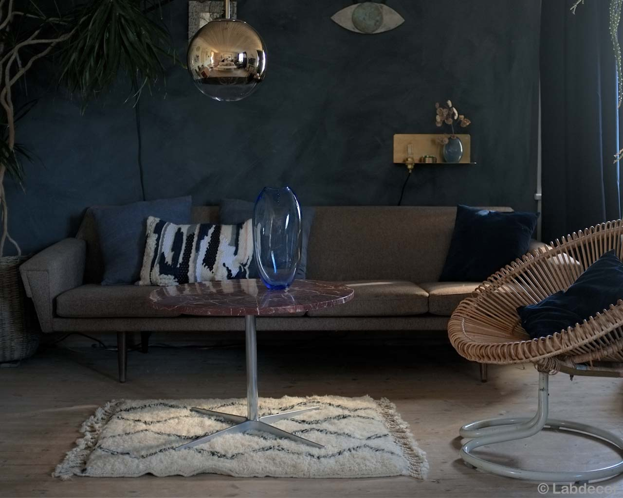 blue vase on round table and chair fresh bedroom rugs