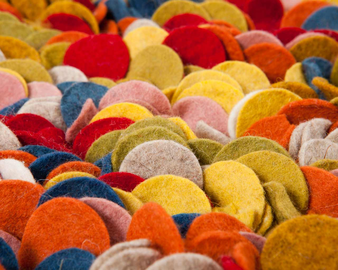 many colours carpets from india