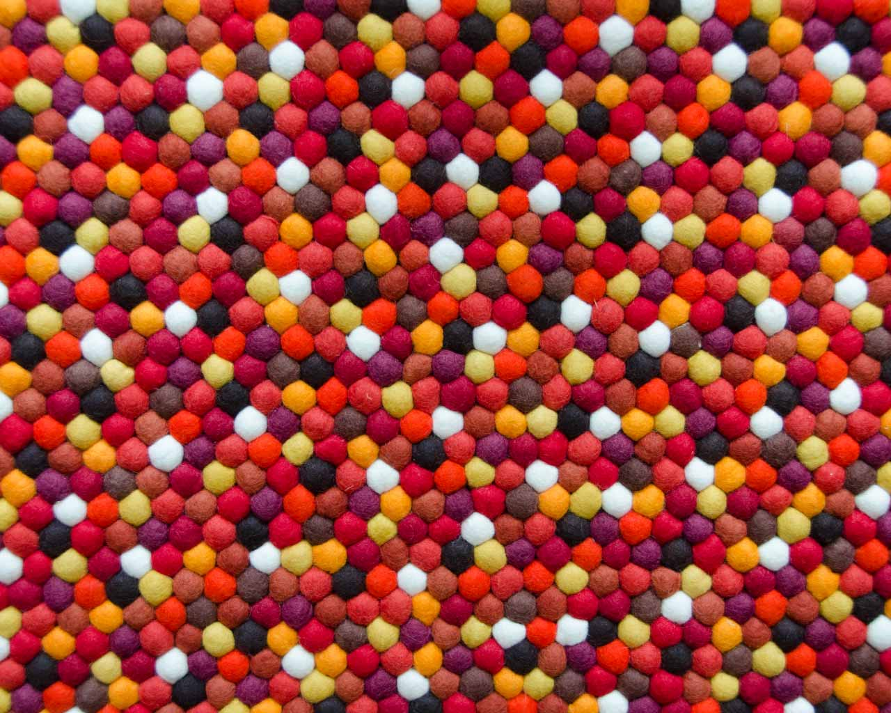 hundreds wool balls black yellow red colours
